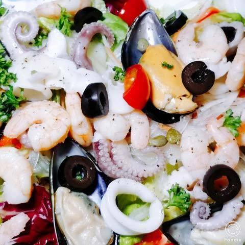 190529海鮮サラダ.jpg